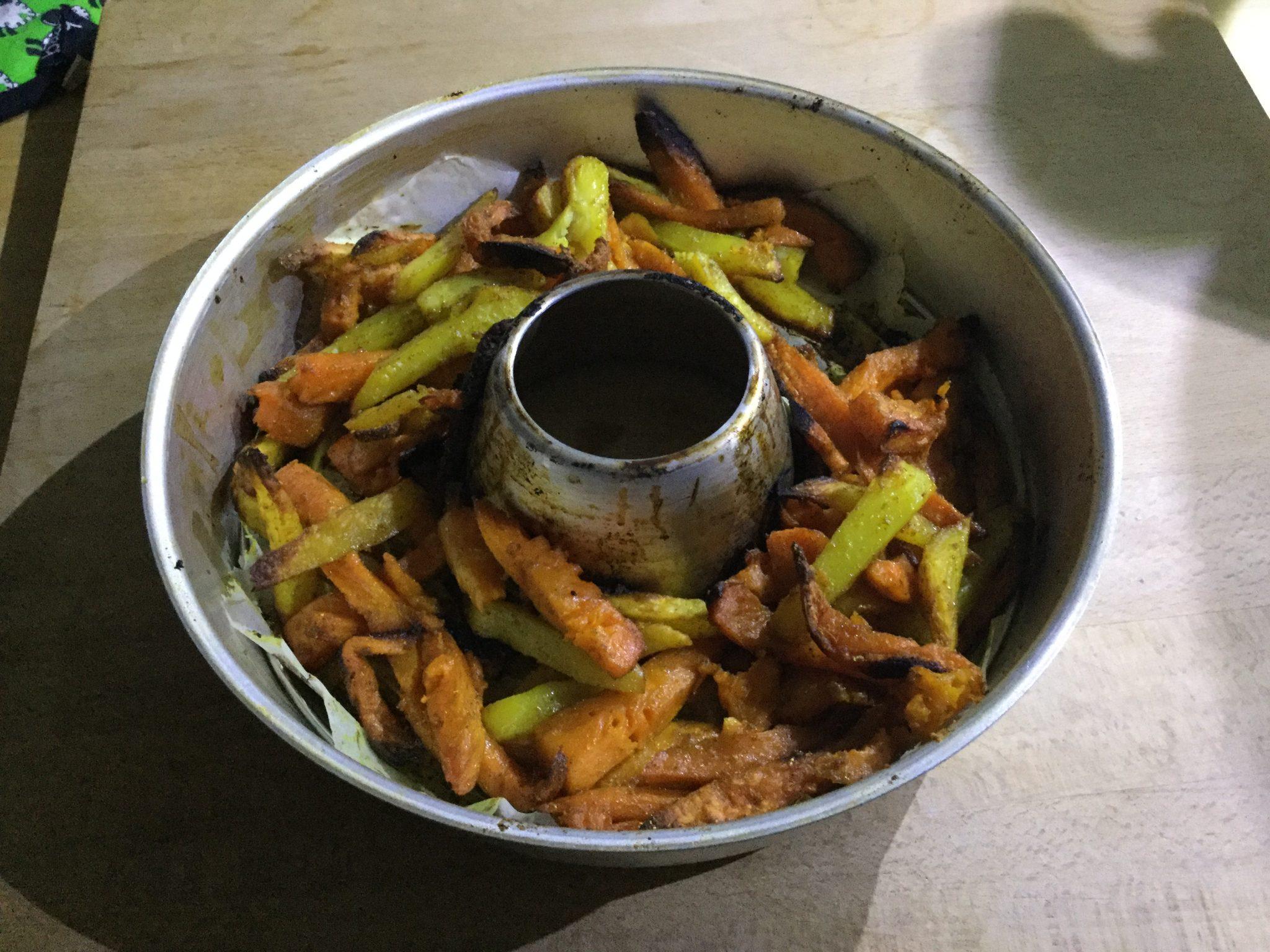 Rezept für bunte Pommes im Omnia Backofen