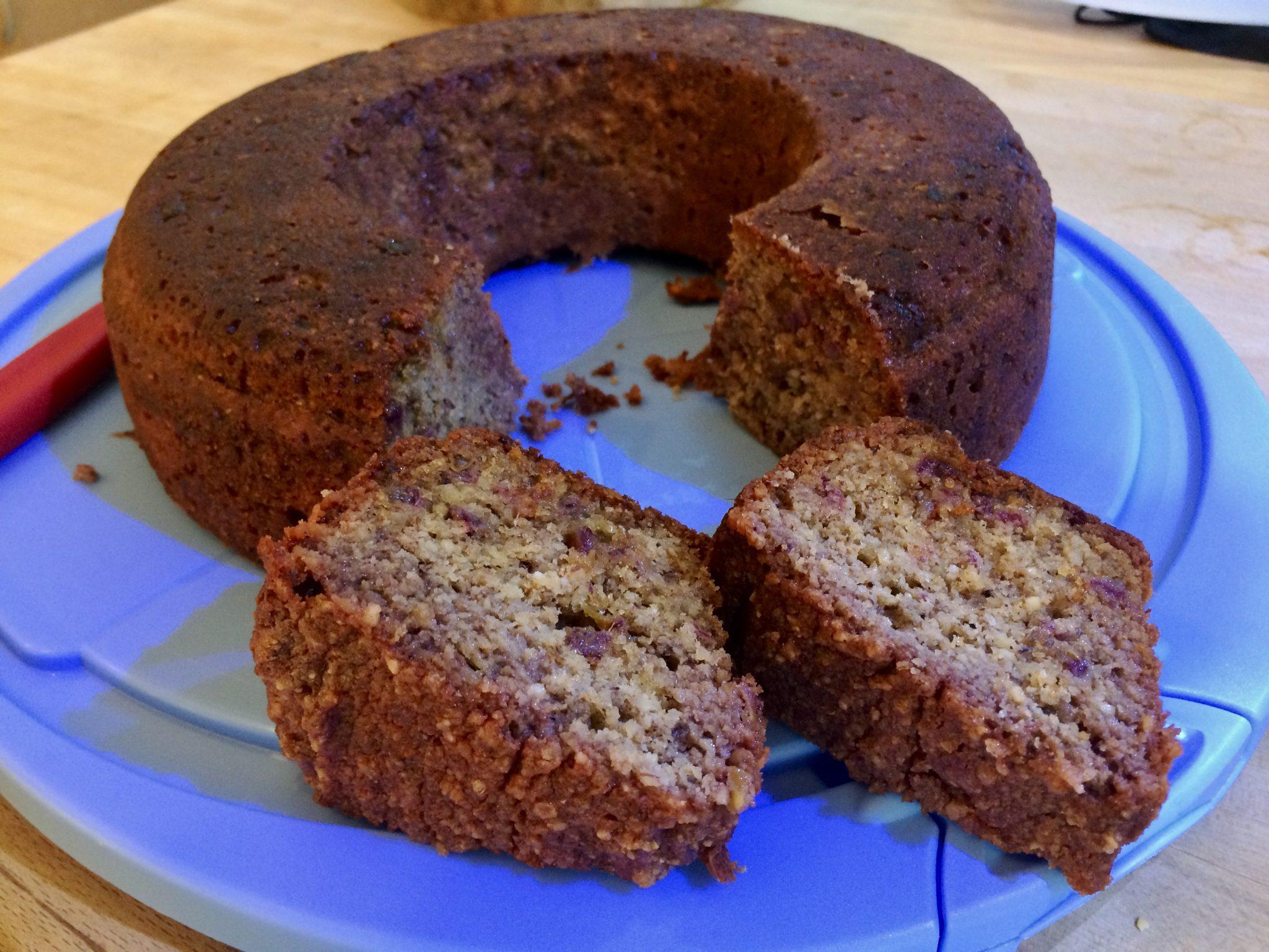 Rezept: Dattel-Nuss-Kuchen im Omnia gegrillt